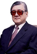 千里文化財団初代会長